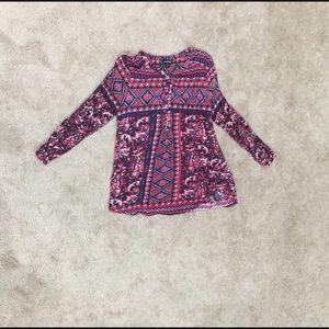 Lucky Brand handkerchief pattern flowy 1/2 button